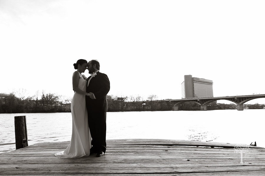 Town Lake, bride and groom, portrait, congress bride, four seasons hotel, embassy suites, outdoor wedding, ausitn wedding photographer, dripping springs wedding photographer, san antonio wedding photographer,