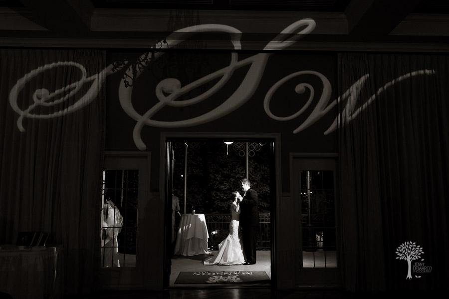 Sara + Wes :: Mansion at Judge's Hill :: Austin Wedding Photographer