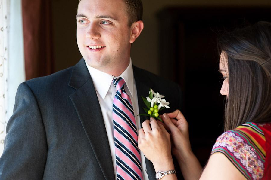 Mansion at Judge's Hill, Ausitn Wedding Photographer, Pink, Navy, Tie