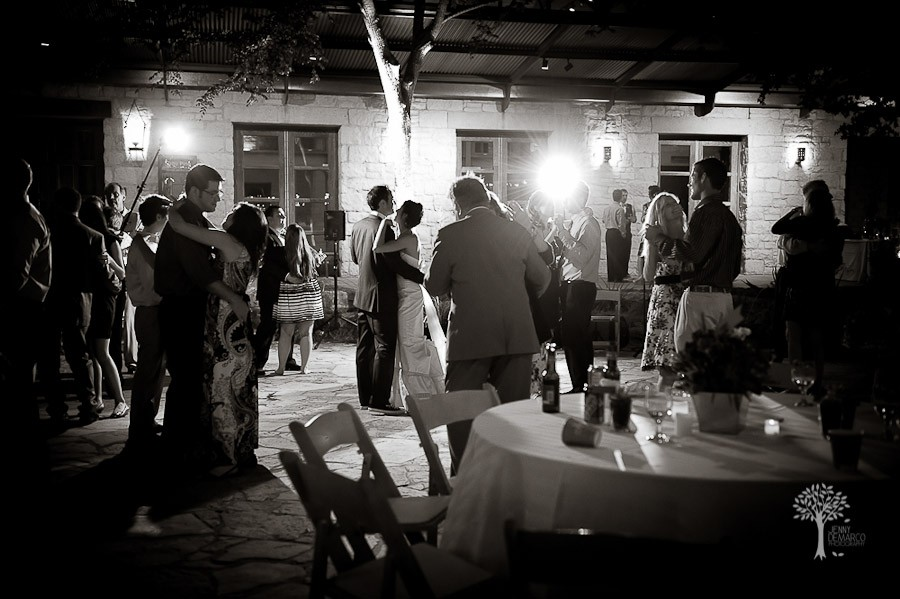 Amanda + John :: Wildflower Center