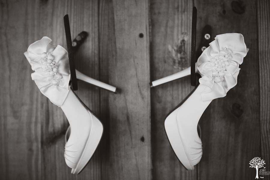 Bridal Shoes, fun wedding, Texas Old Town, Wedding