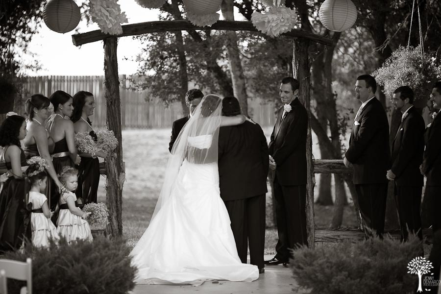 Mia Garza, John McCord, Texas Old Town, Wedding, Black and white wedding, outdoor wedding, bride and groom, at the alter, wedding ceremony