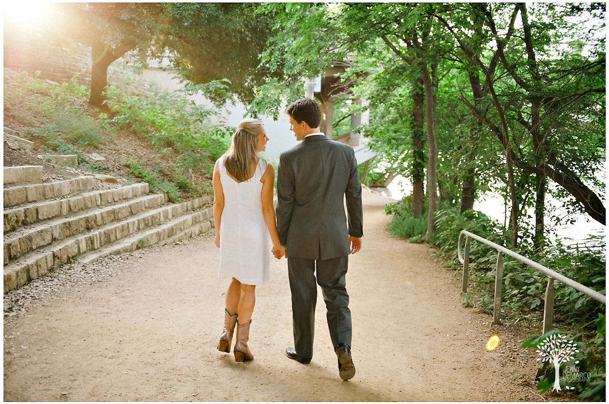 natural mements in an engagment shoot in Austin