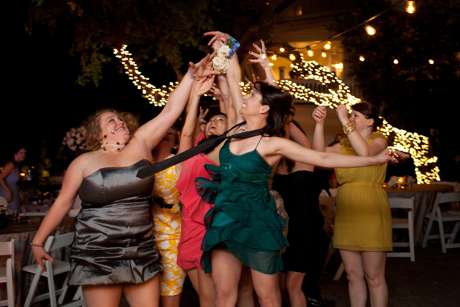bridesmiads fighting over bouquet toss