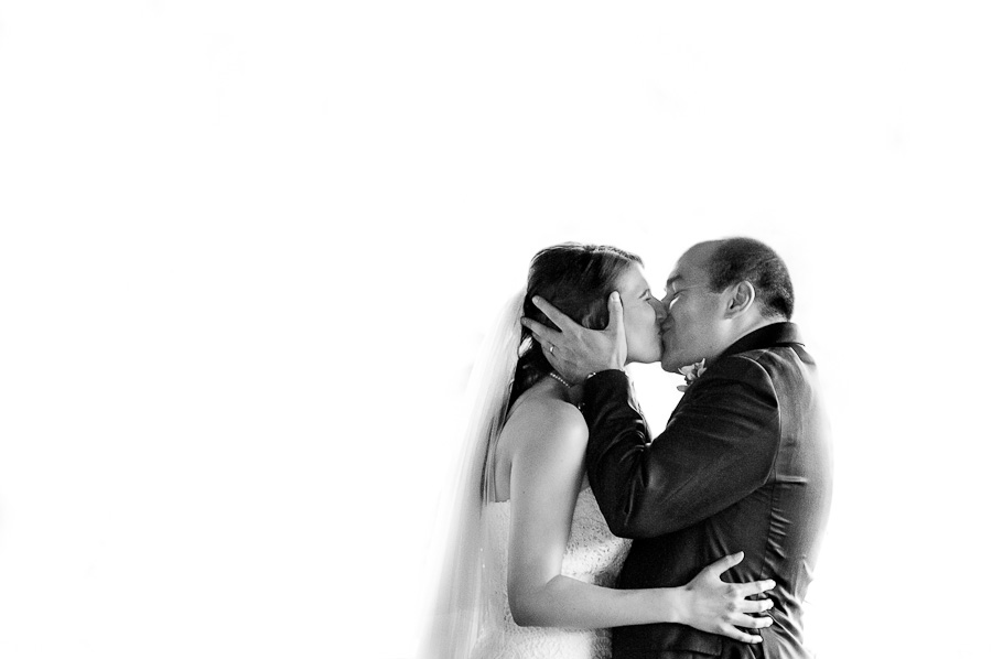 the kiss artful black and white