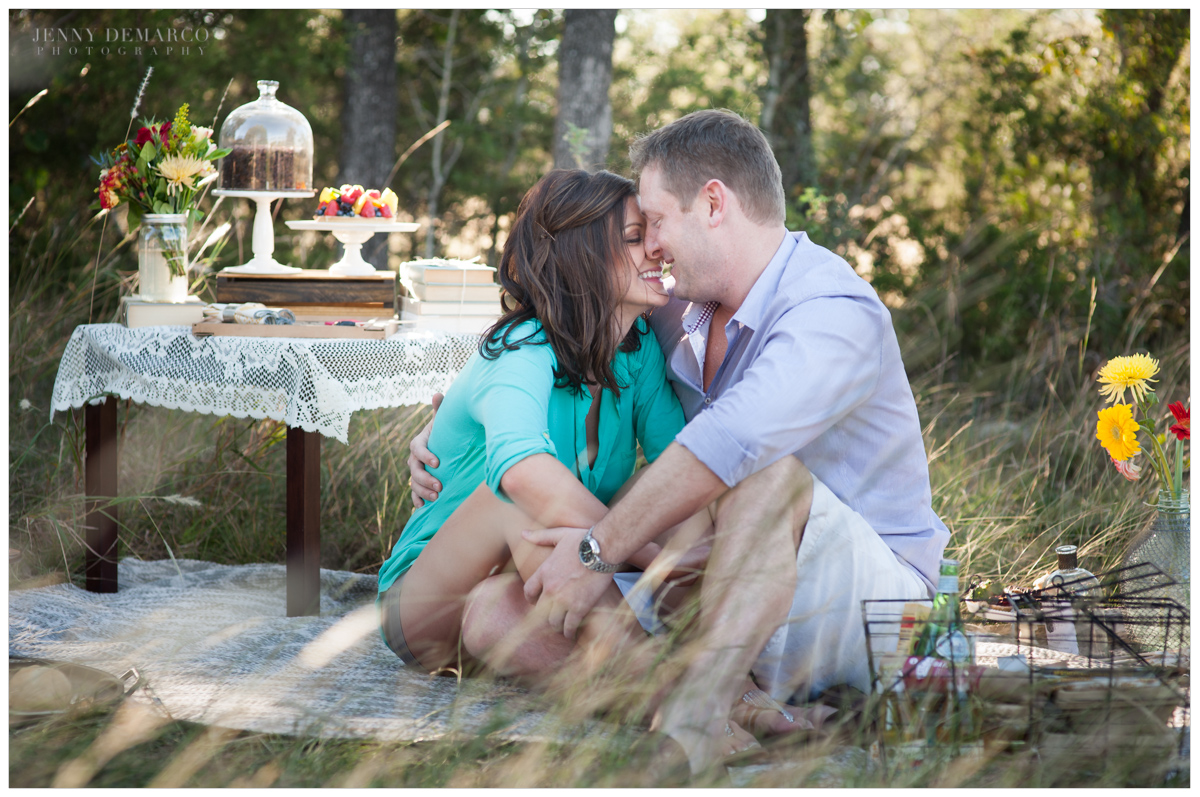 Vintage picnic engagement session in Dripping Springs