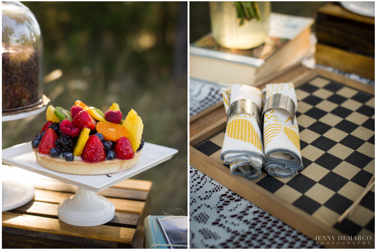 Vintage picnic with fruit tart hill coutry weddings