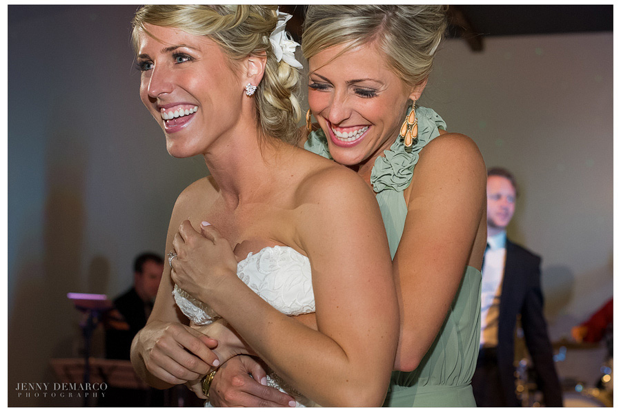 One of the top Dripping Springs wedding photographers captured this beautiful wedding at Sacred Oaks.
