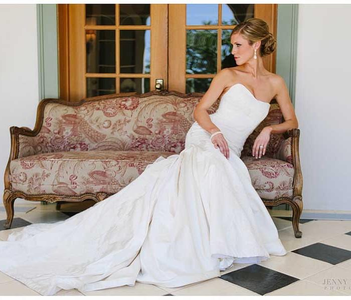 Laguna Gloria High Fashion Bridal : Rachel
