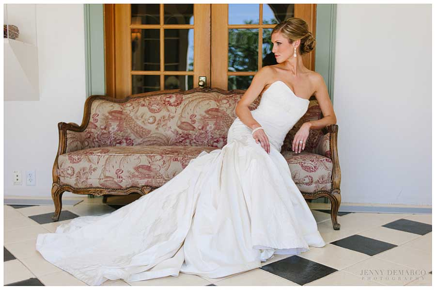 Laguna Gloria High Fashion Bridal : Rachel