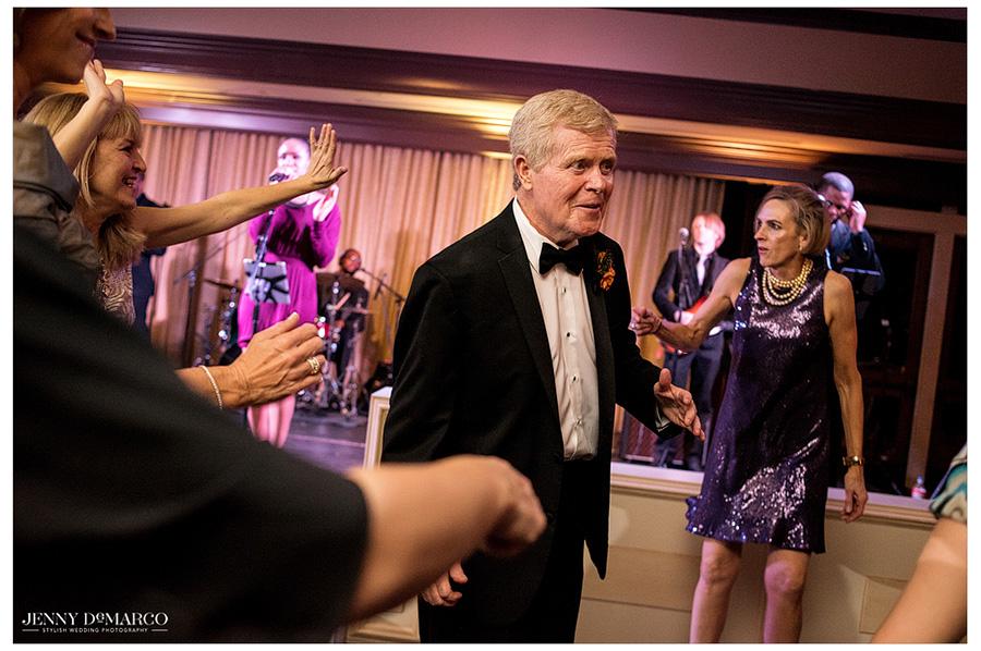 Best Austin wedding photographer captures guests at wedding reception.
