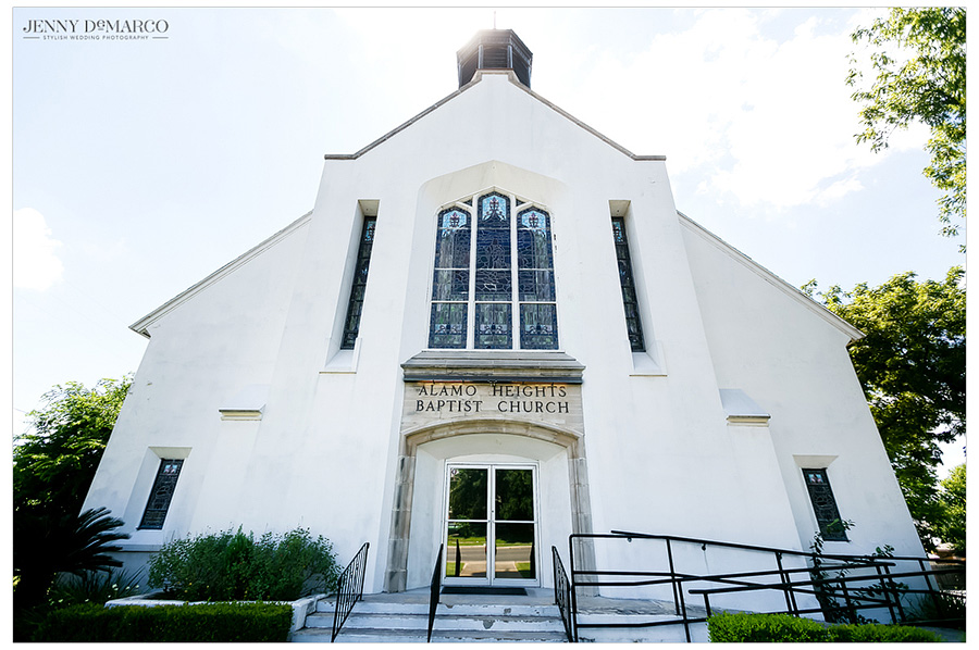 The wedding ceremony took place at Alamo Heights Baptist Church in San Antonio.