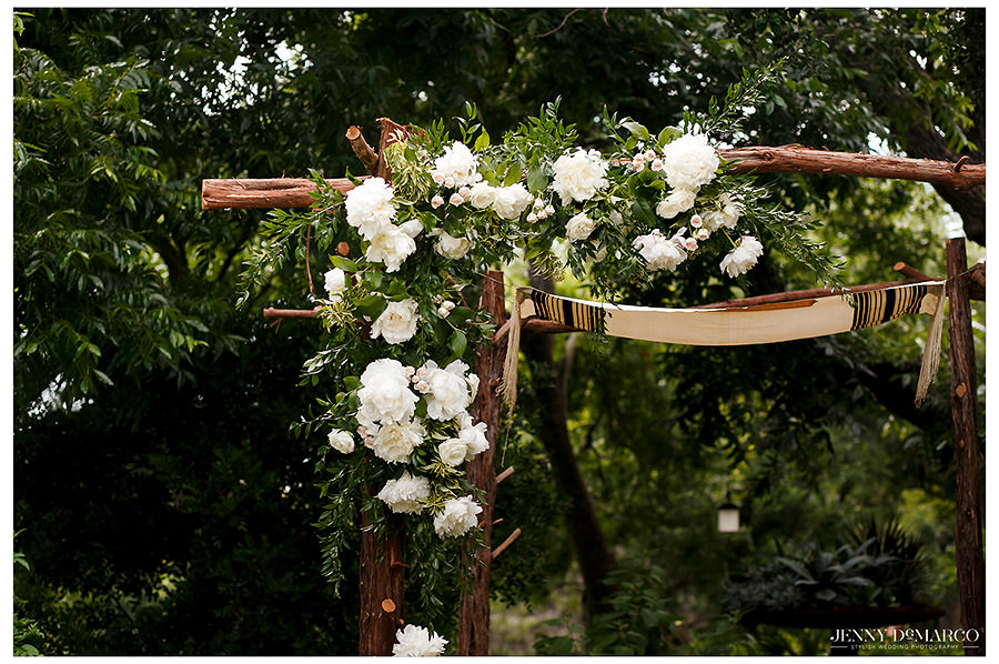 Detail of the chuppah and flowers.
