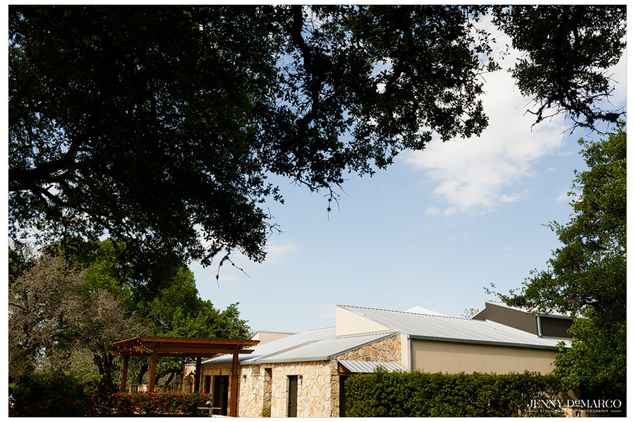 The sky is perfect for a wedding at The Vineyards at Chapel Lodge.