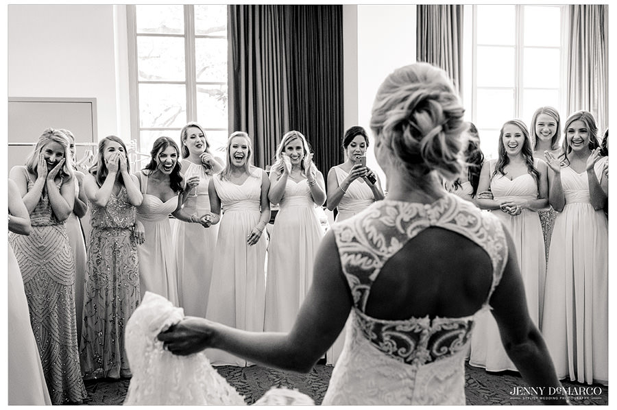 The Best bridesmaids first look reaction ever.