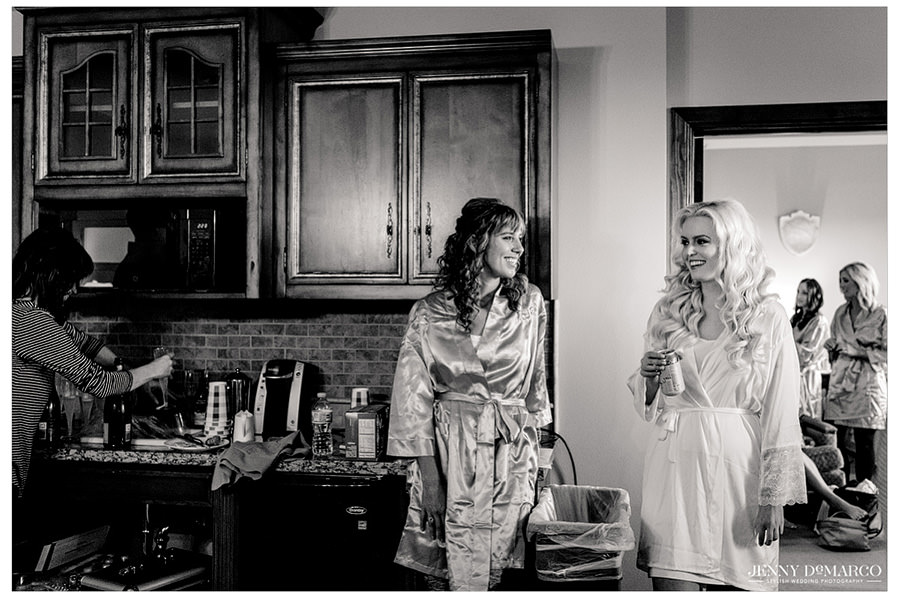 Sheridan and her bridesmaids spend some time in robes talking as they get ready for the day.
