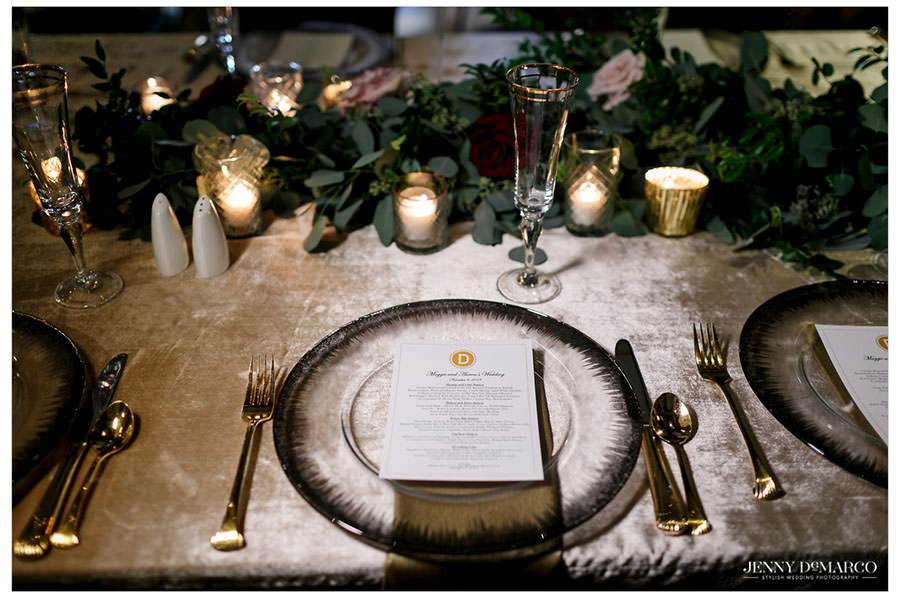 Place setting and menu for the reception
