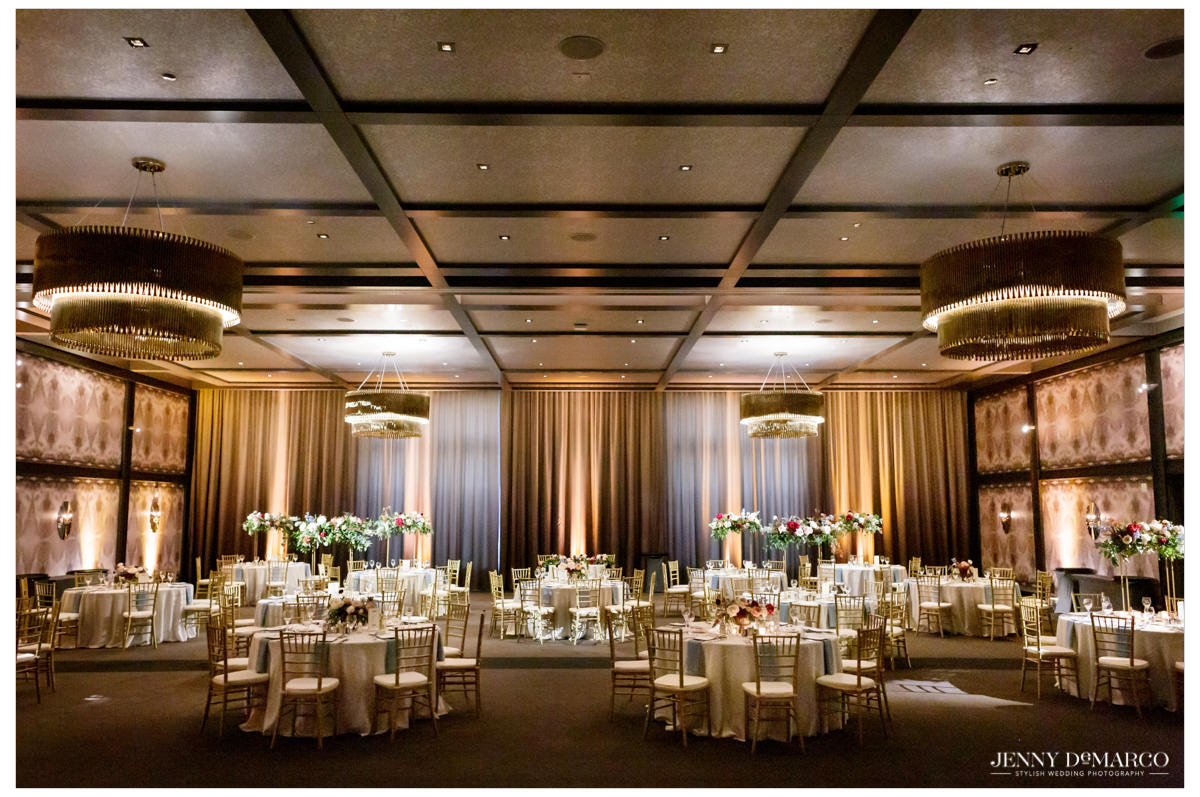 reception at the hotel van zandt with brilliant white and gold tones
