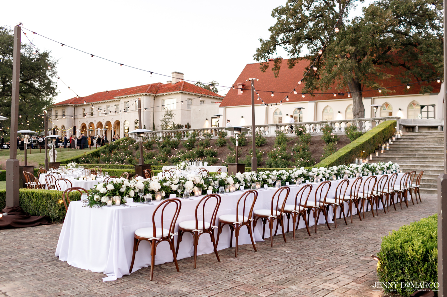reception dinner in the sunken gardens at the Commodore Perry Hotel in Austin, Texas