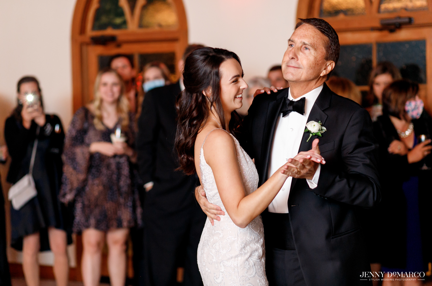 father daughter dance at the wedding